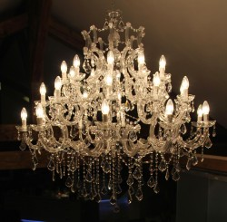 chandelier 30 arms made with lead crystal Ø120cm