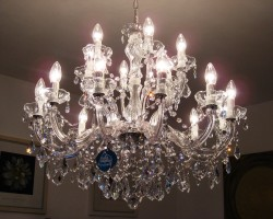 chandelier 18 arms made with SPECTRA® Crystal by SWAROVSKI <s>1299€</s>