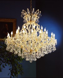 luxury chandelier 30 Arm made with SPECTRA® Crystal by SWAROVSKI